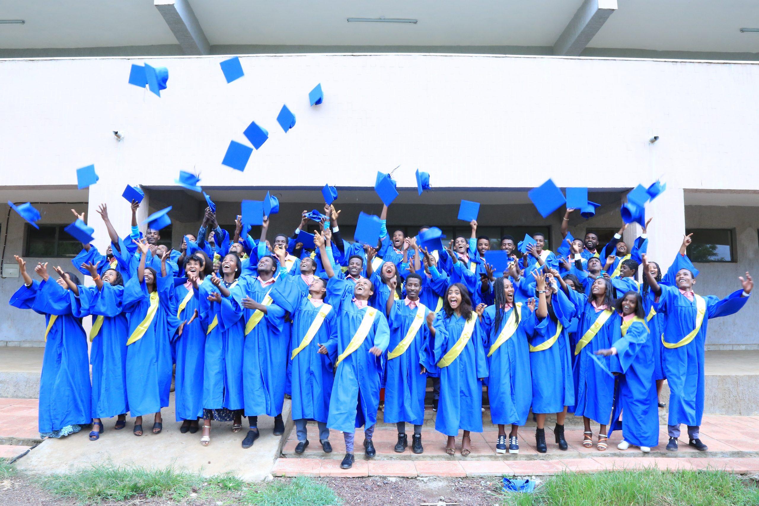 https://go.teachbeyond.org/site-content/uploads/sites/12/2021/01/Hosanna_Graduates-scaled.jpg